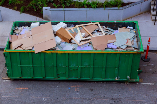 Benefits of Using Construction Waste Removal Service